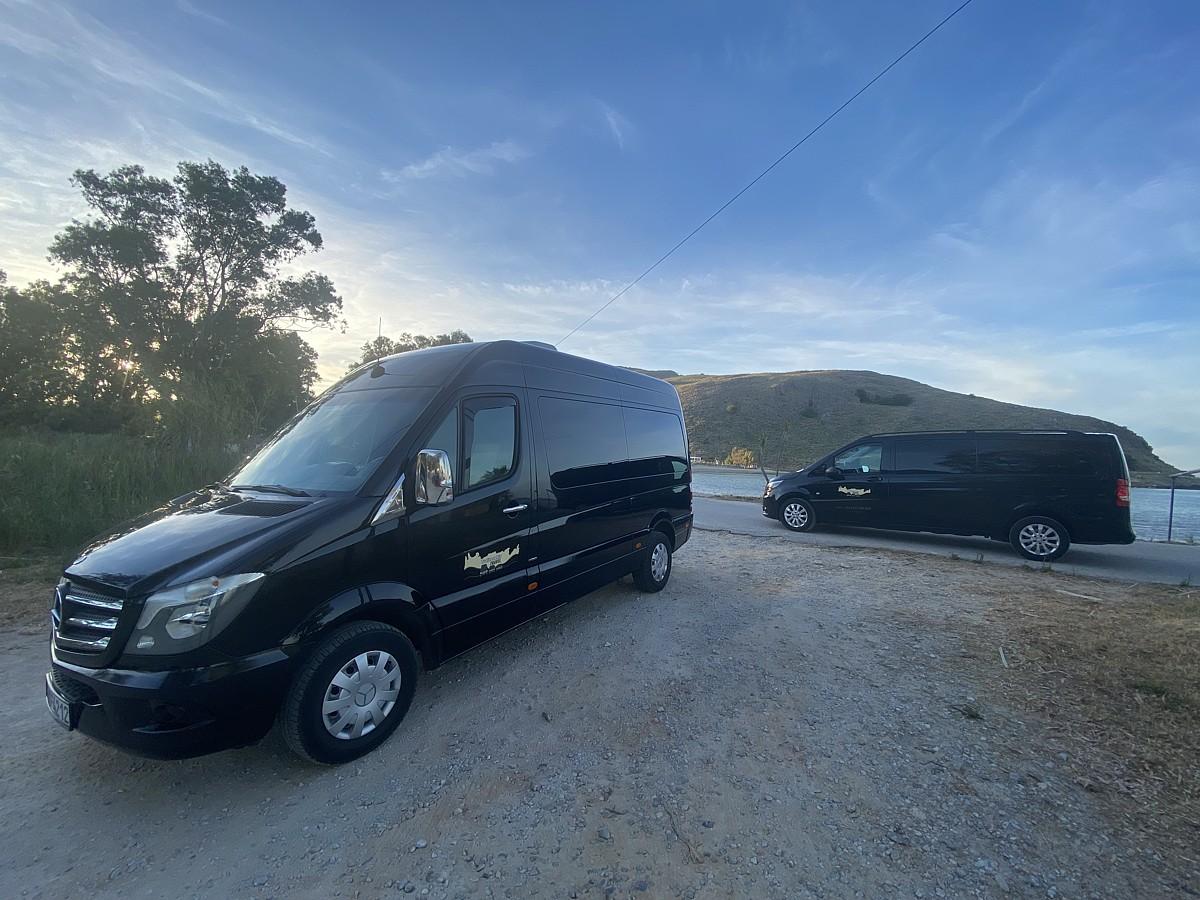 Traitorakis Travel Minivan Services
